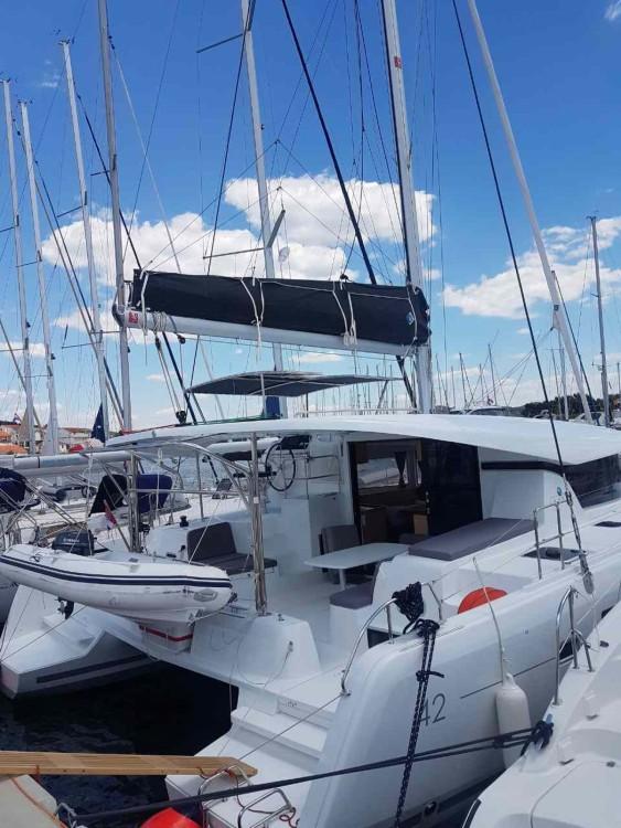 Louer Catamaran avec ou sans skipper Lagoon à Marina Medulin