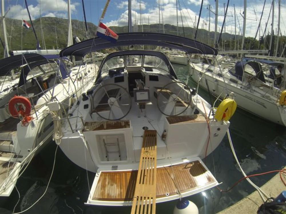 Hanse Hanse 415 entre particuliers et professionnel à ACI Marina Dubrovnik