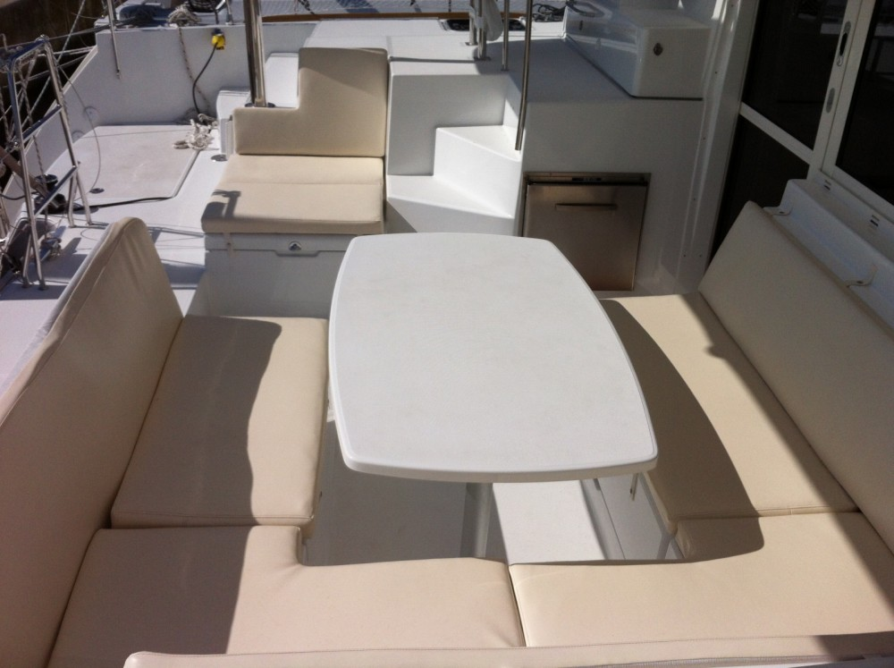 Location Catamaran à ACI Marina Dubrovnik - Lagoon Lagoon 400 S2