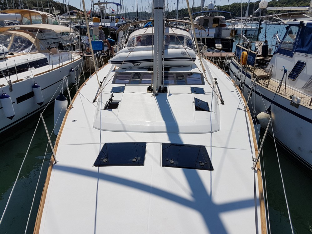 Location bateau Dufour Dufour 512 Grand Large à Pula sur Samboat