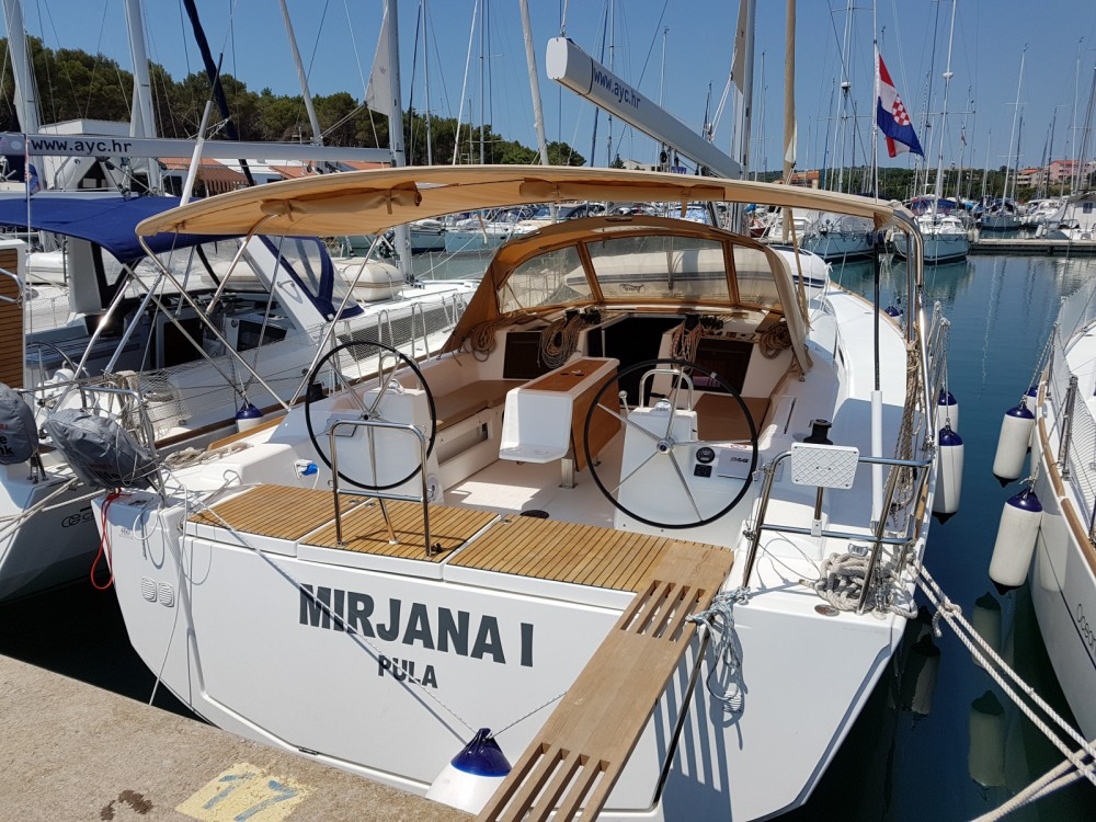 Location bateau Marina Medulin pas cher Dufour 460 Grand Large