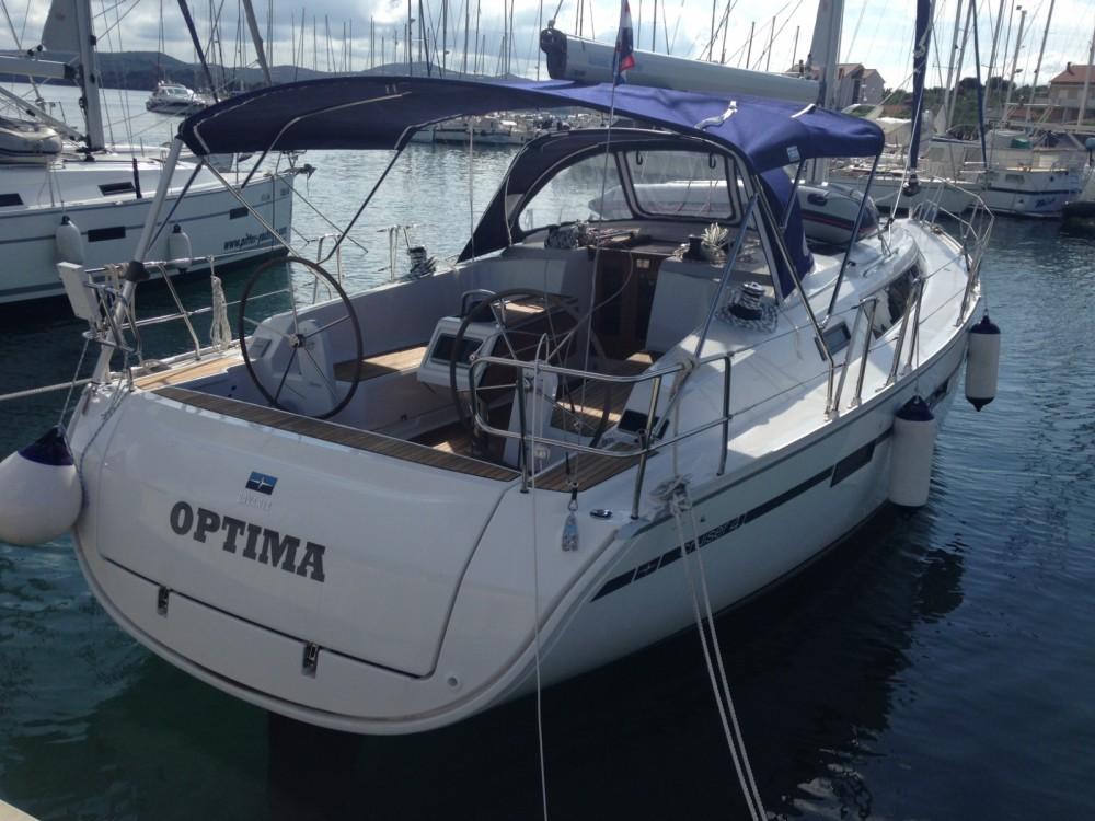 Bavaria Bavaria Cruiser41 entre particuliers et professionnel à Marina Kaštela