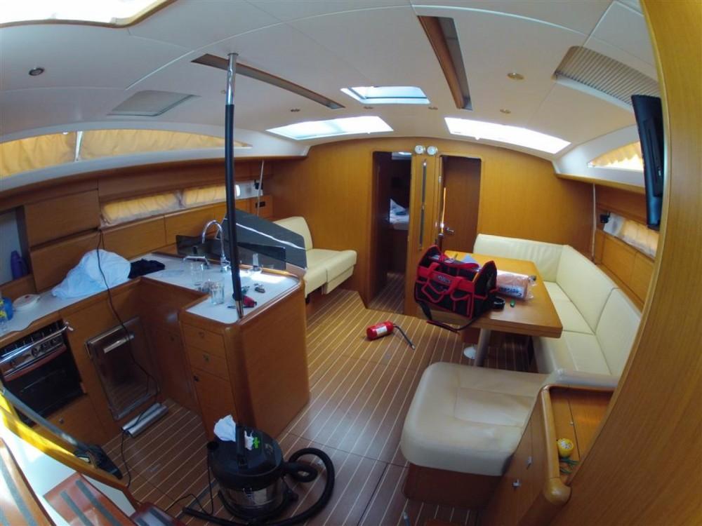 Location bateau Jeanneau Jeanneau 53 à Marina Kaštela sur Samboat