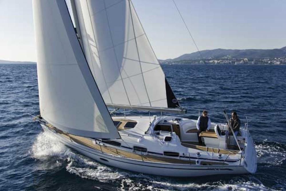 Louez un Bavaria Cruiser 34 à Morningside marina