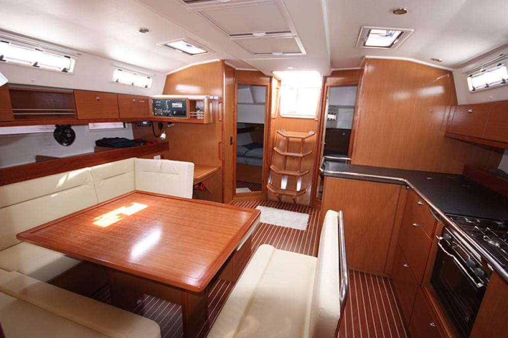 Location Voilier à Morningside marina - Bavaria Cruiser 45