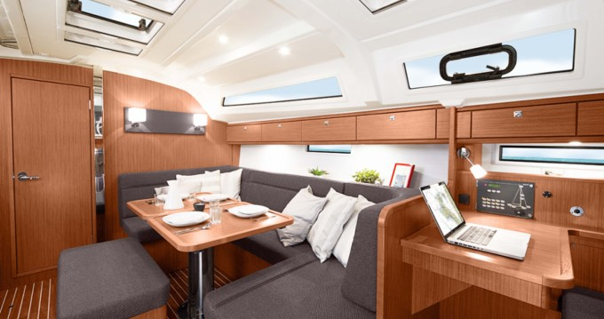 Bavaria Cruiser 41 entre particuliers et professionnel à Morningside marina