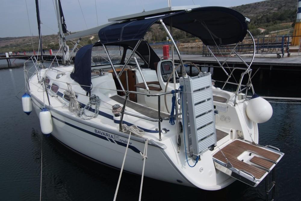 Louez un Bavaria Cruiser 31 à Krk