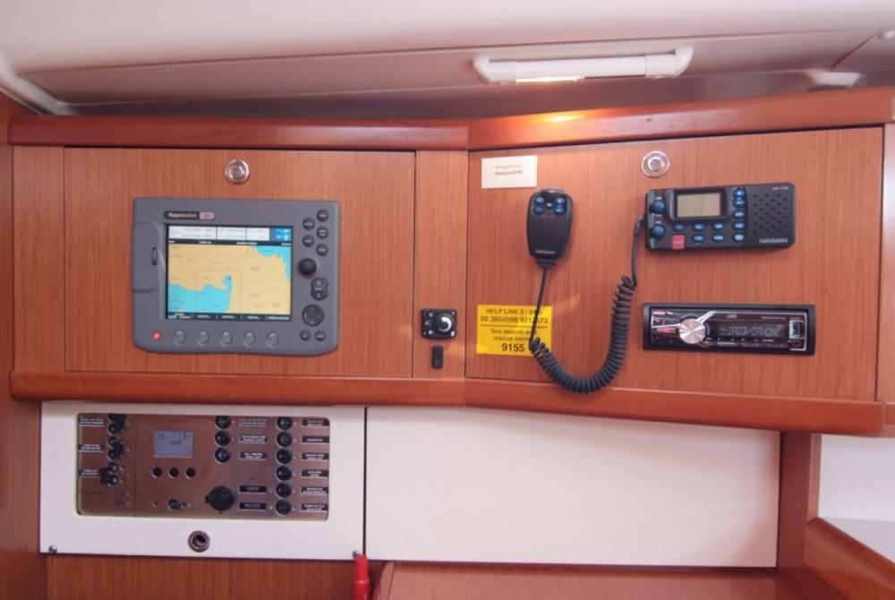 Location bateau Bénéteau Beneteau Oceanis 40 à Krk sur Samboat