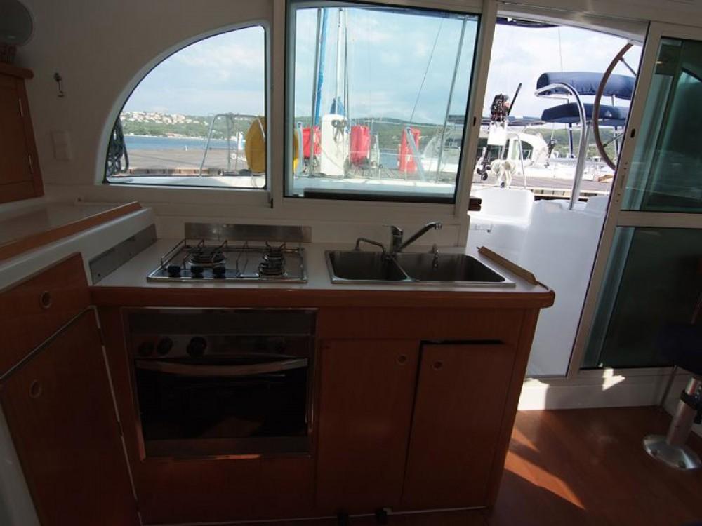 Louez un Lagoon Lagoon 380 S2 à Krk