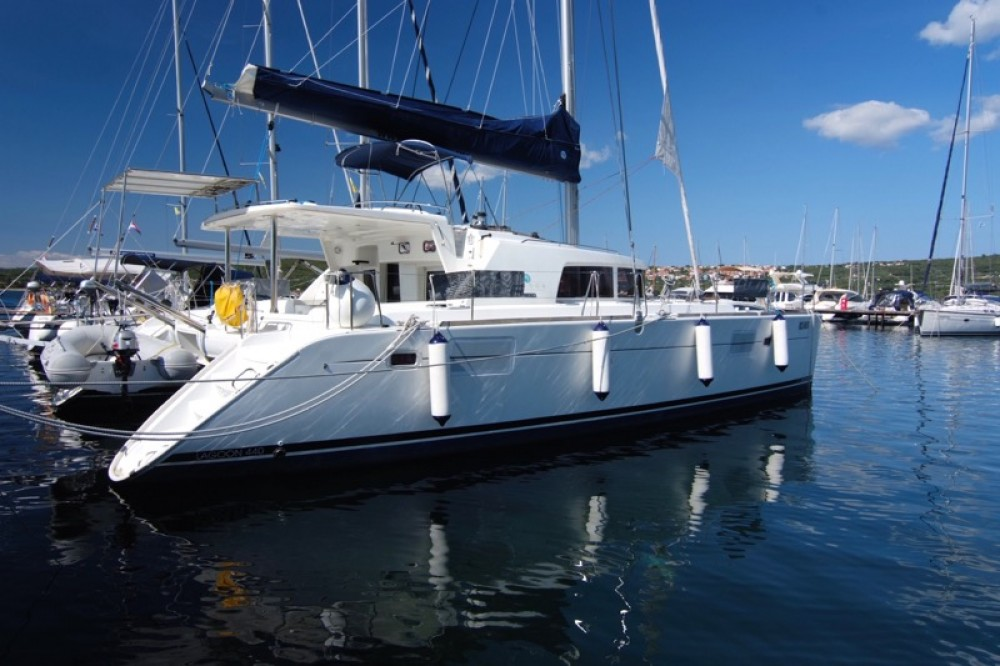 Hire Catamaran with or without skipper Lagoon Krk