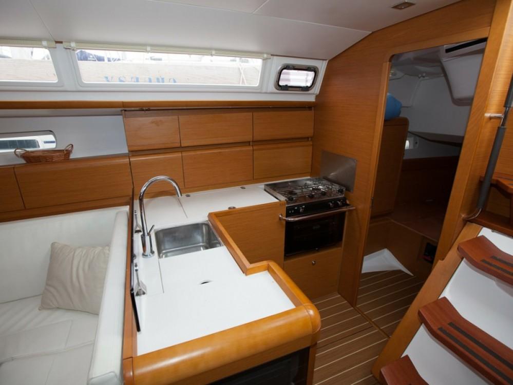 Location yacht à Palma de Majorque - Jeanneau Sun Odyssey 439 sur SamBoat