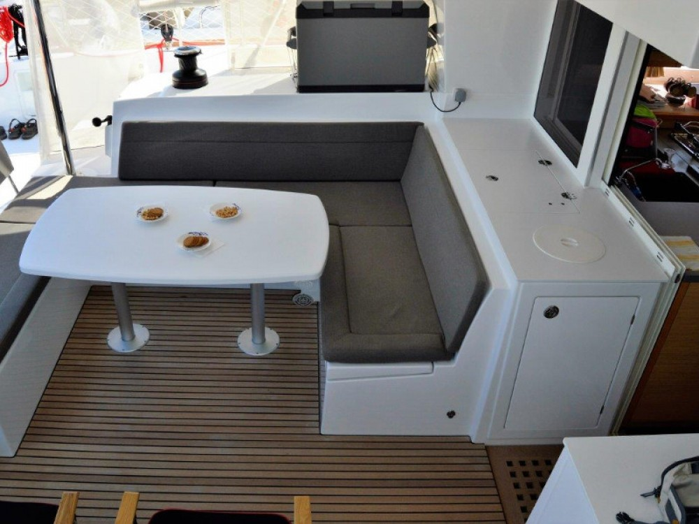 Hire Catamaran with or without skipper Lagoon Palma de Majorque