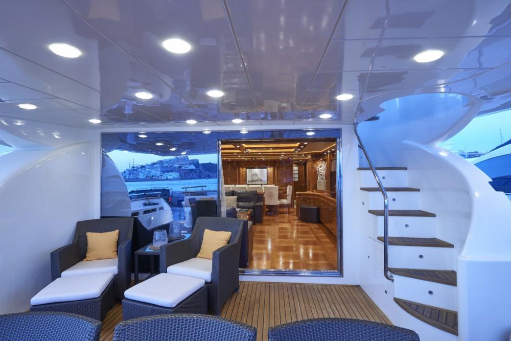 Location Yacht à Ibiza - Astondoa 102 GLX