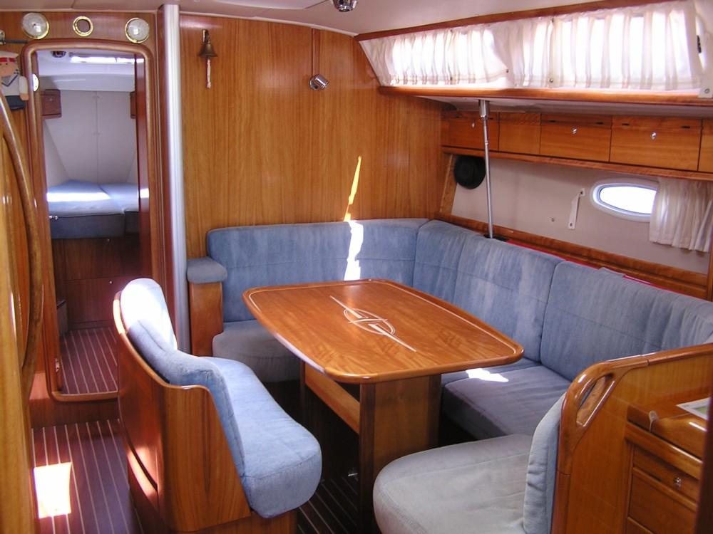 Bavaria Cruiser 40 entre particuliers et professionnel à Marina Gouvia