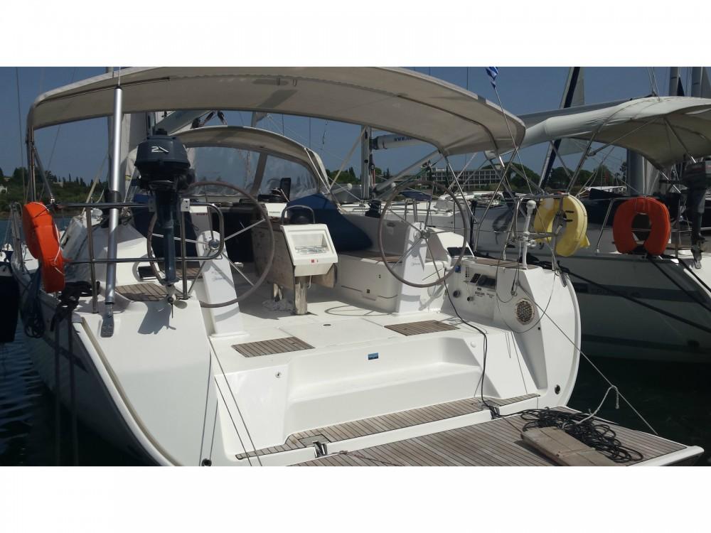 Location bateau Marina de Alimos pas cher Cruiser 46