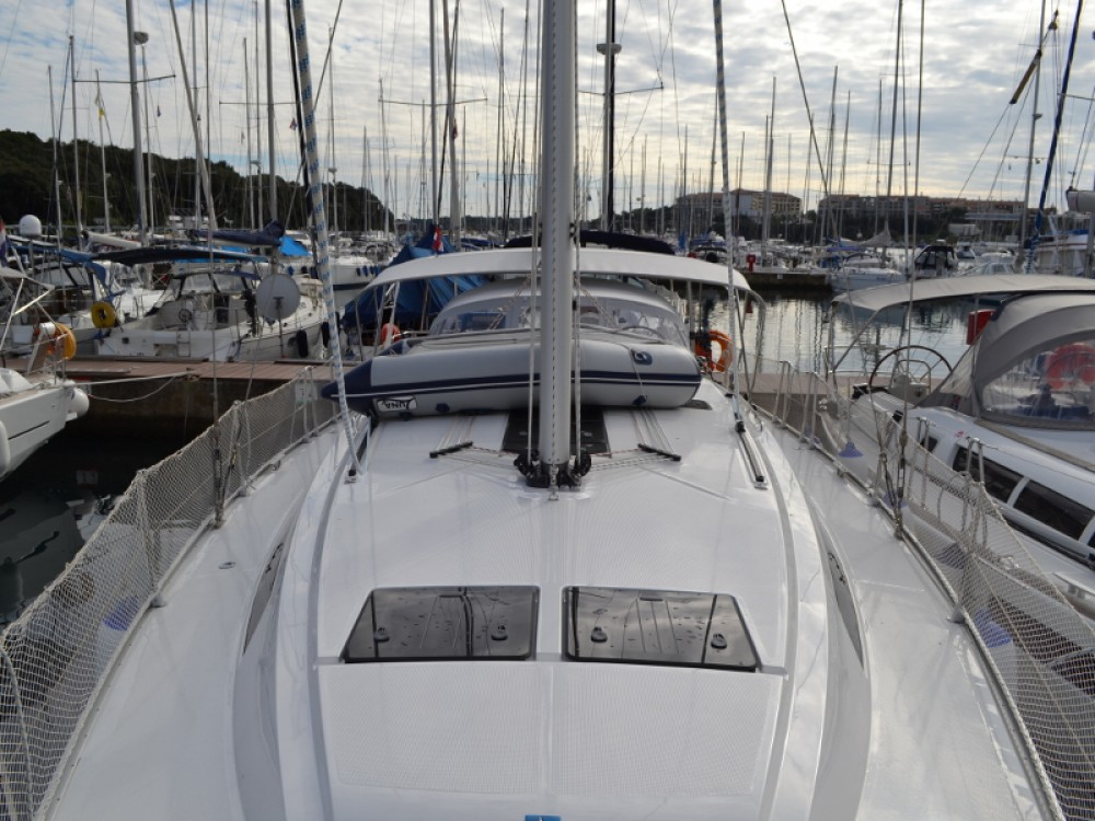 Location bateau Pula pas cher Bavaria 46 Cruiser