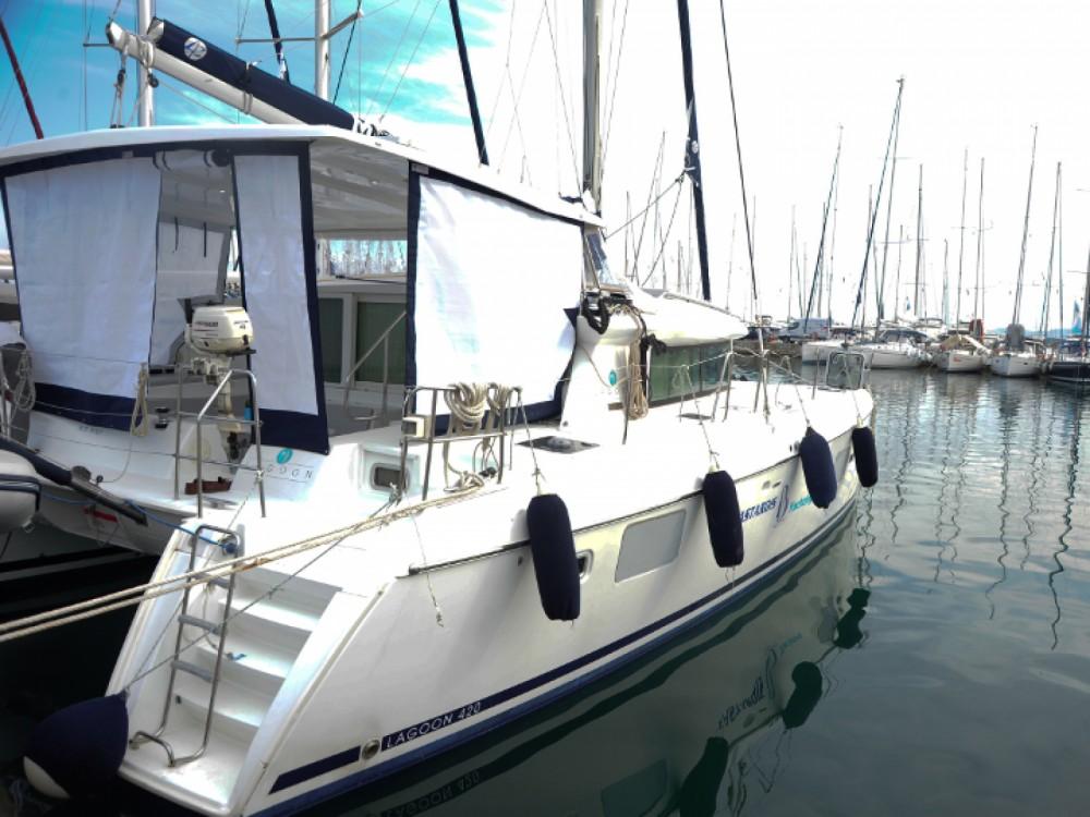 Location bateau Marina Gouvia pas cher Lagoon 420