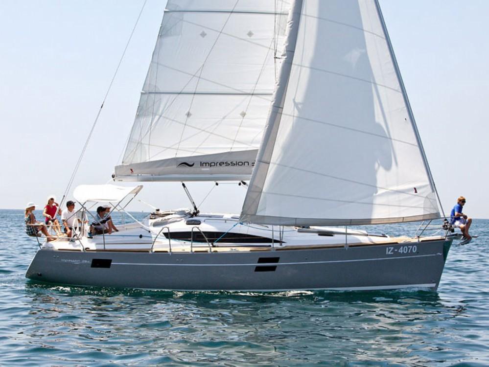 Location bateau Elan Elan 394 impression à Follonica sur Samboat