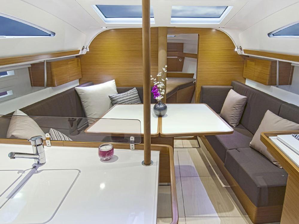 Location yacht à Follonica - Elan Elan 394 impression sur SamBoat