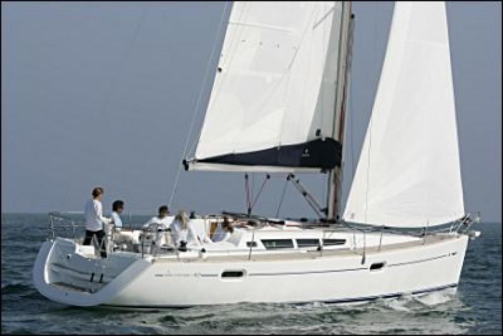 Location bateau Jeanneau Sun Odyssey 42i à Follonica sur Samboat