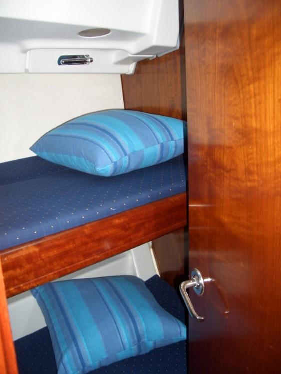 Location bateau Castiglione della Pescaia pas cher Oceanis 423