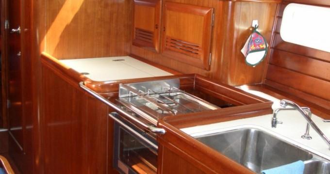 Bénéteau Oceanis 423 entre particuliers et professionnel à Castiglione della Pescaia