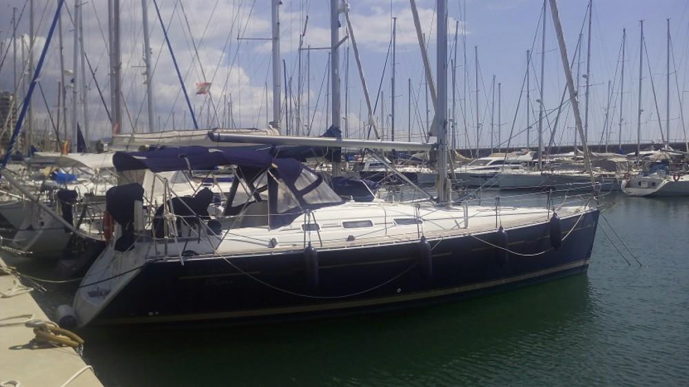 Alquiler de barcos Badalona barato de Oceanis