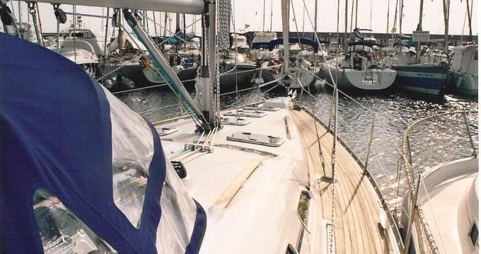 Location bateau Bénéteau Oceanis à Badalona sur Samboat
