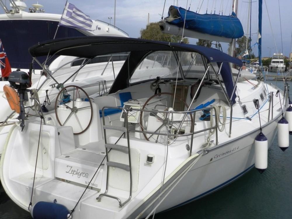 Boat rental Bénéteau Cyclades 43 in Lefkada on Samboat