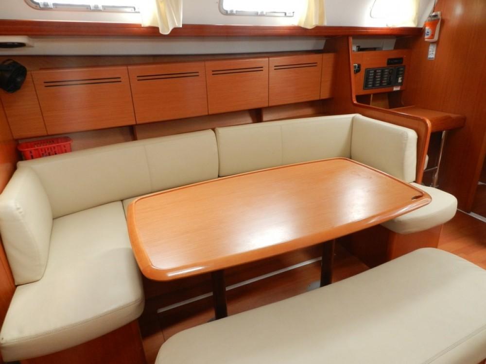 Rental yacht Lefkada - Bénéteau Cyclades 43 on SamBoat