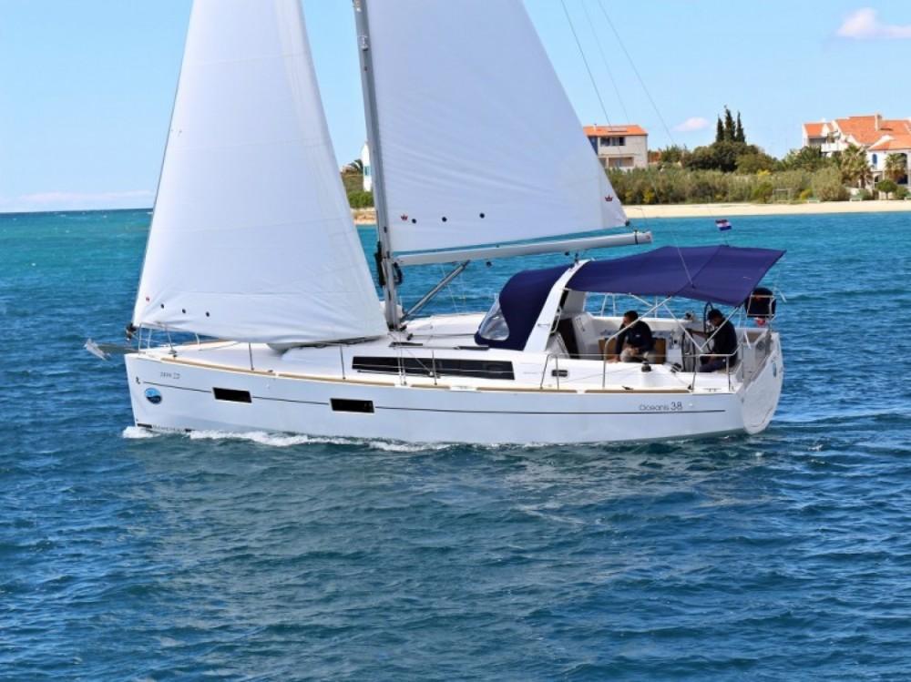 Rental Sailboat in Attica - Bénéteau Oceanis 38.1