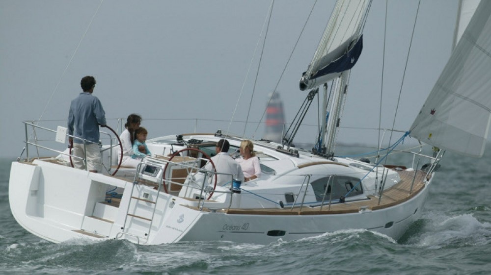 Rental Sailboat in Attica - Bénéteau Oceanis 40