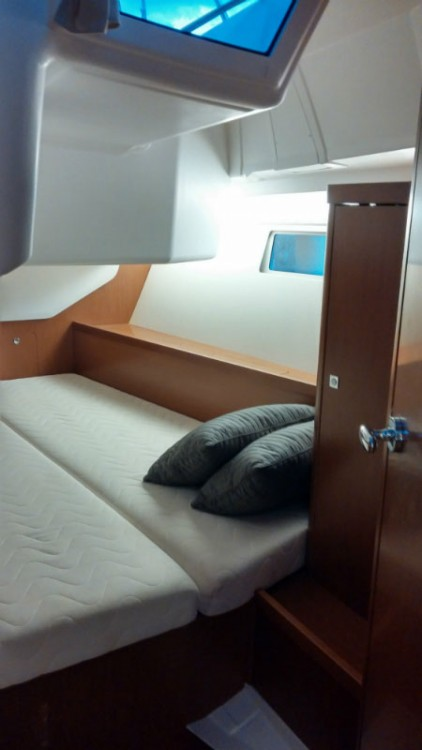 Boat rental Attica cheap Oceanis 45
