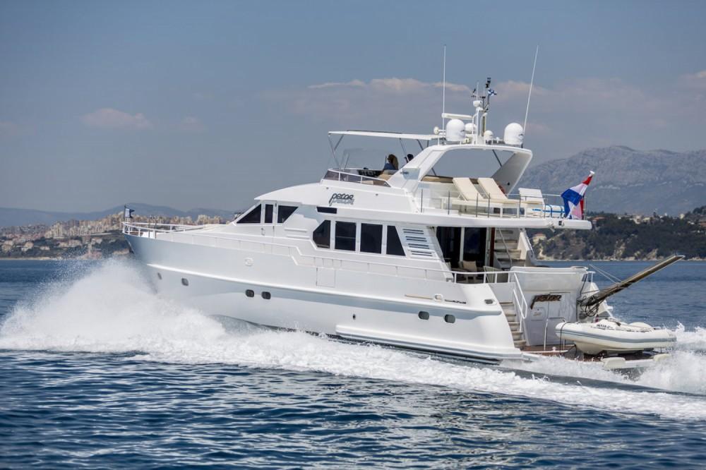 Boat rental Marina LAV cheap Moonen 65
