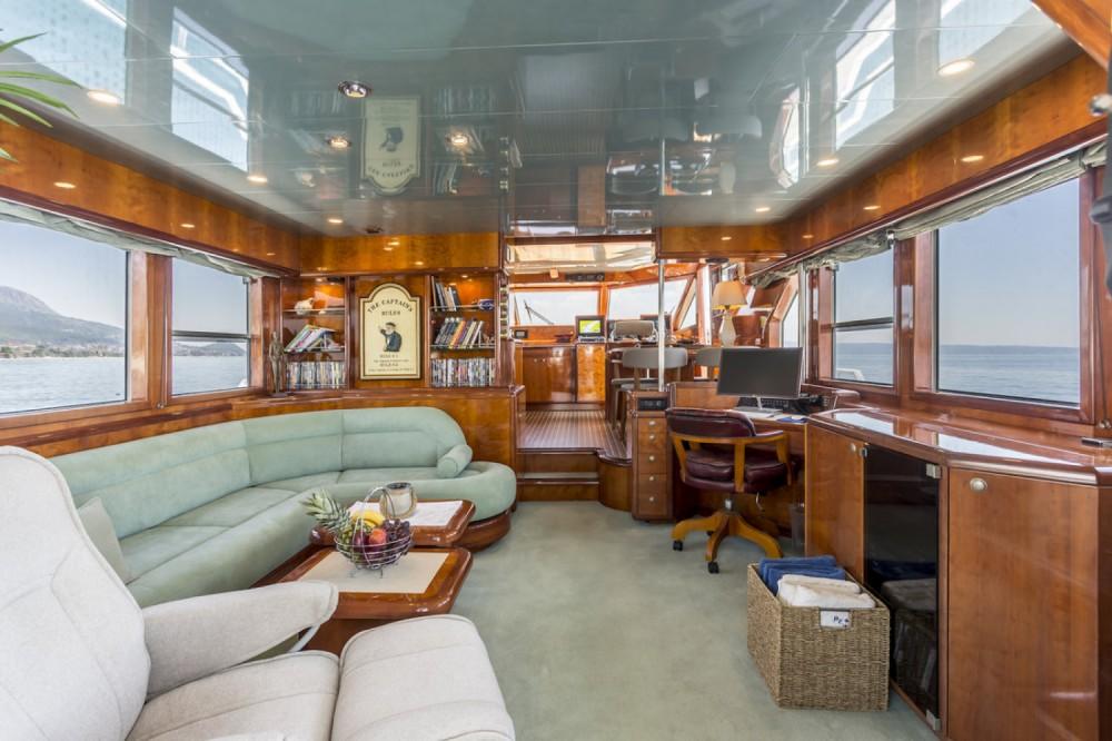 Rental Motor boat in Marina LAV - Moonen Shipyards Holland Moonen 65