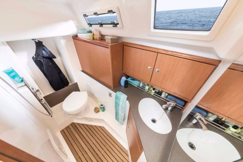 Bavaria Cruiser 34 between personal and professional Follonica