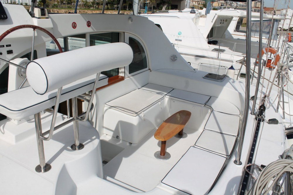 Boat rental Palermo cheap Lagoon 380