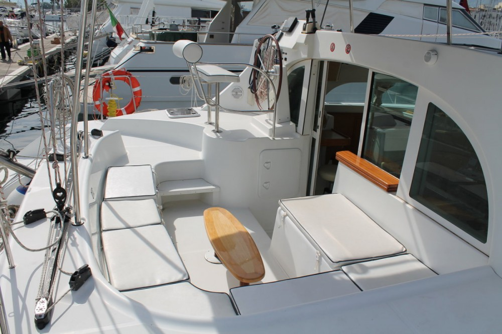Rental Catamaran in Palermo - Lagoon Lagoon 380