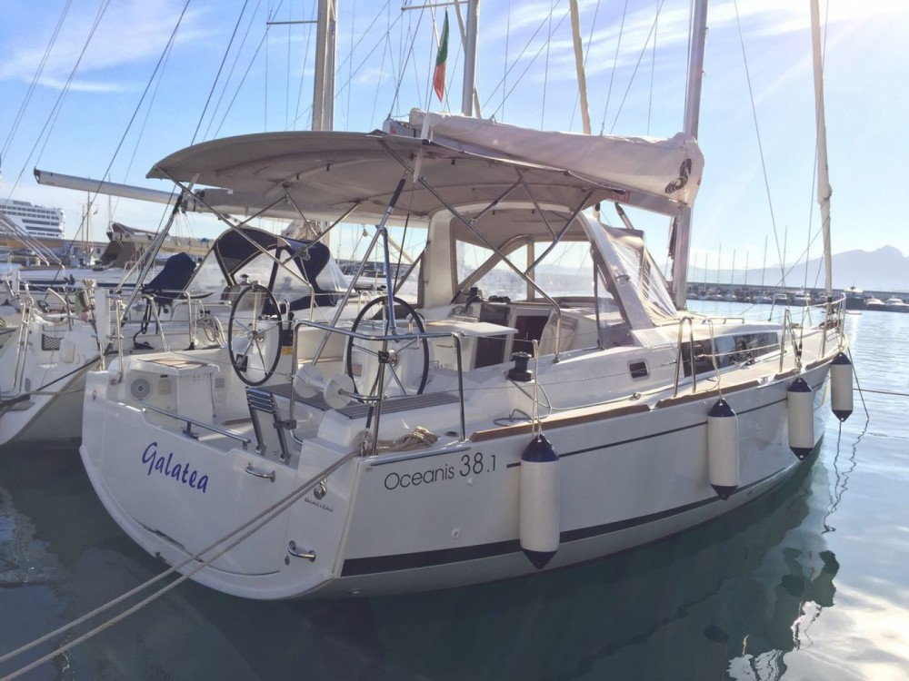 Rental Sailboat in Palermo - Bénéteau Oceanis 38.1