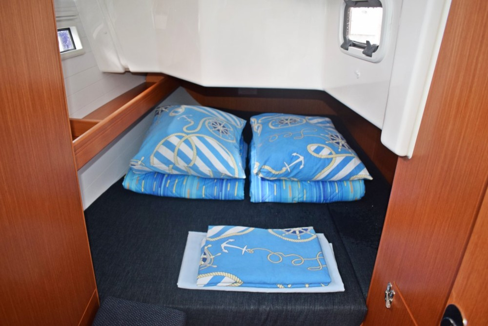 Rent a Bavaria Cruiser 34 Croatia
