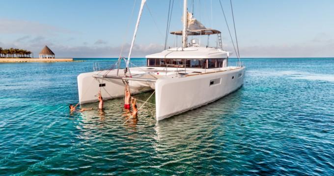 Catamaran à louer à Grèce-Centrale au meilleur prix