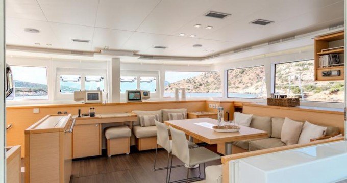 Noleggio yacht Central Greece - Lagoon Lagoon 560 S2 su SamBoat