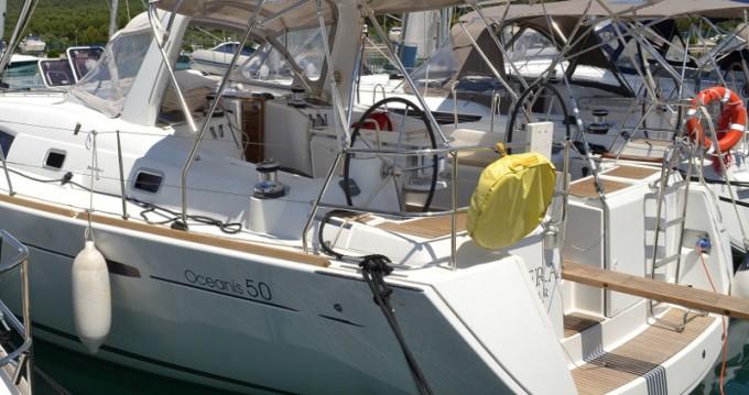 Location bateau Álimos pas cher Oceanis 50