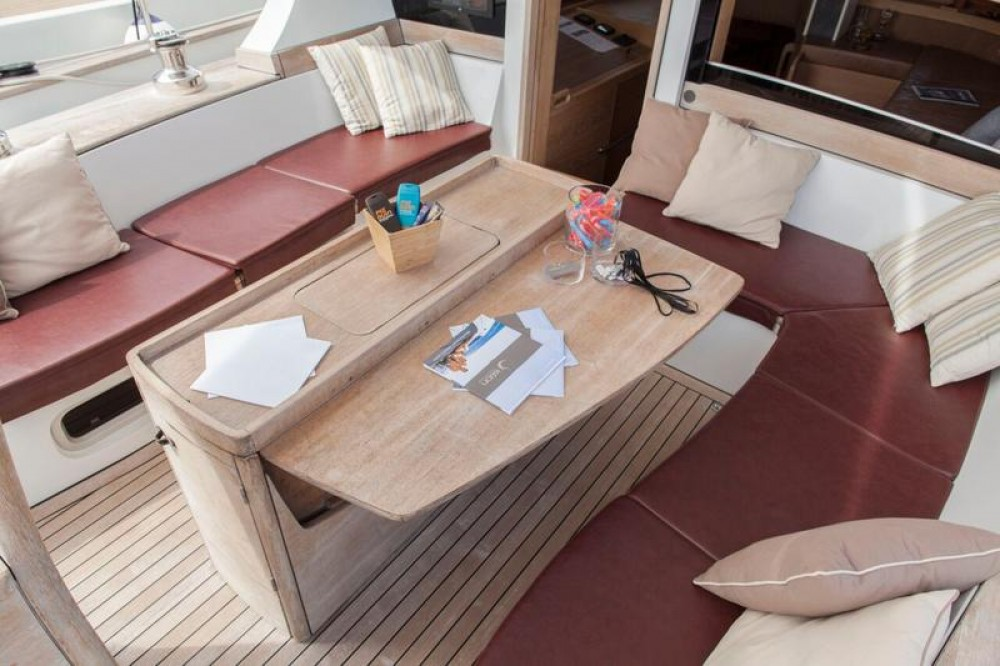 Boat rental Dixon Yacht Design Opus 68 in Lefkada on Samboat