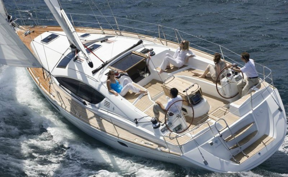 Sailboat for rent Attica at the best price