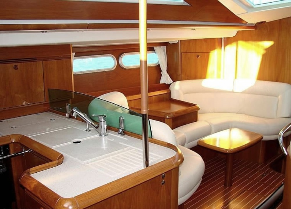 Rental yacht Attica - Jeanneau Sun Odyssey 54 DS on SamBoat
