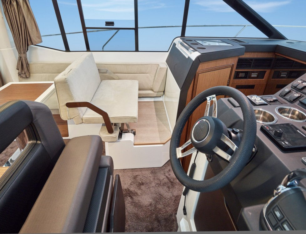 Rental yacht Trogir - Jeanneau NC 33 on SamBoat