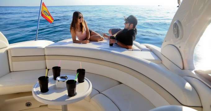 Louer Bateau à moteur avec ou sans skipper Sea Ray à Ibiza (Ville)