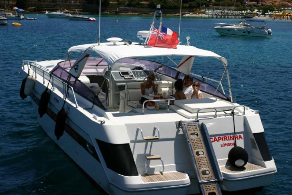 Location bateau Giogi 39' à Villeneuve-Loubet sur Samboat