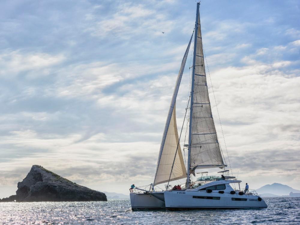 Boat rental Balearic Islands cheap Privilege 615